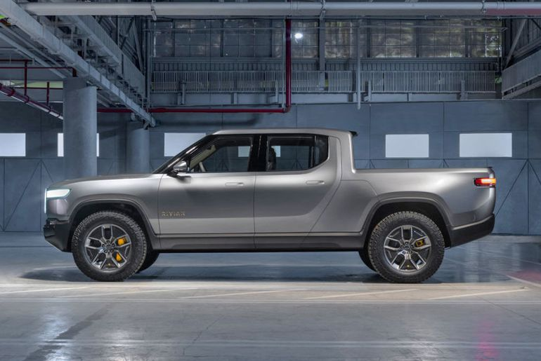 Amazon injecte 700 millions de dollars dans Rivian.