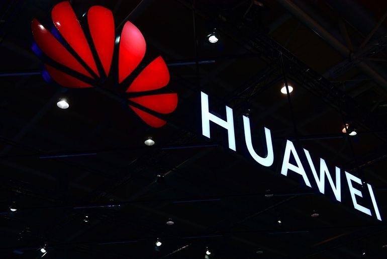 Le CFO d'Huawei arrêté au Canada.