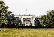 La Maison Blanche photographiée depuis Pennsylvania Avenue