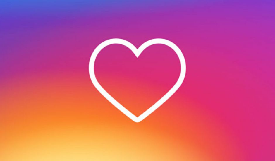 coeur avec les couleurs du logo Instagram