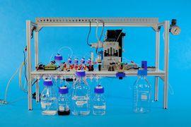 Microsoft et l'Université de Washington ont réussi à créer un appareil capable de convertir les données numériques en ADN