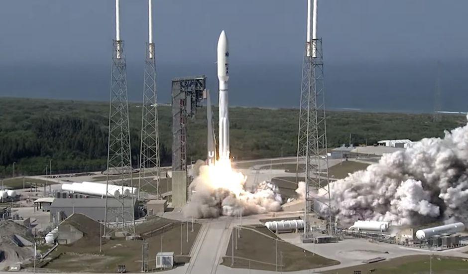 Le lancement du satellite a eu lieu avec une heure de retard.