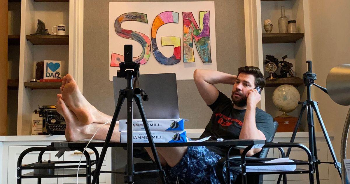 SGN, le JT plein d'ondes positives de John Krasinski, aka Jim Palmer dans The Office