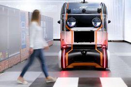 Jaguar intègre des yeux aux voitures autonomes afin de créer une relation de confiance avec les piétons