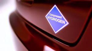 honda-hydrogène-H20-bouteille-eau-marketing3