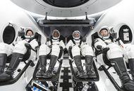 Quatre astronautes se trouvent dans la capsule Crew Dragon.