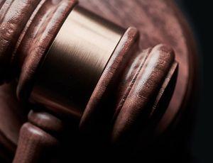 MIT : Un marteau appartenant à un juge