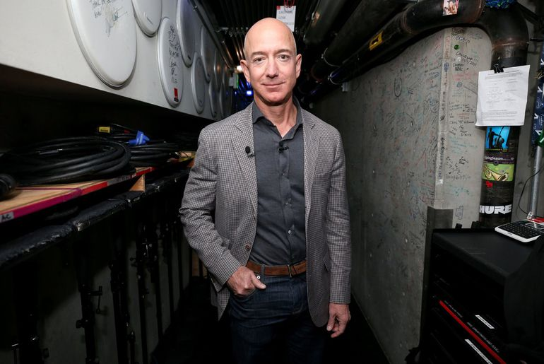 Jeff Bezos accuse l'Arabie saoudite d'être liée à l'affaire des photos de nu.