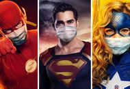 Flash, Superman, Stargirl portant chacun un masque