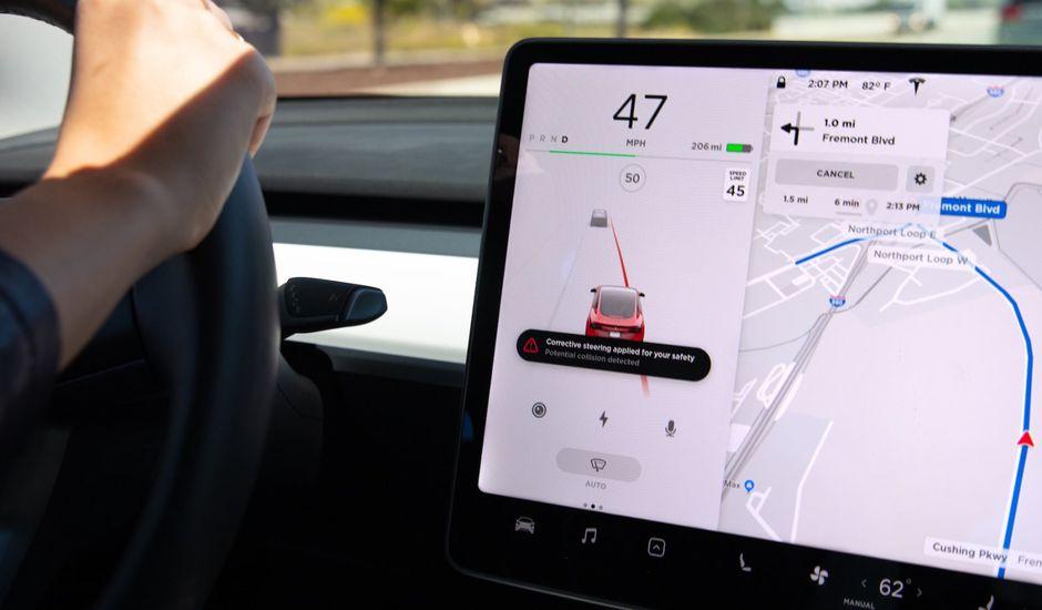 Tesla sécurise un peu plus ses véhicules.